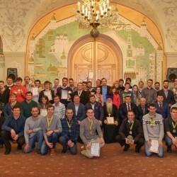 Молодежная команда «Знаменцы» на церемонии закрытия I Чемпионата Молодежного отдела г. Москвы по волейболу.