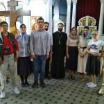 Приходская молодежь приняла участие в уборке храма Знамения перед Праздником Успения