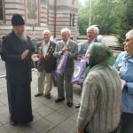 Приход храма Знамения поздравил ветеранов Великой Отечественной войны с Днем Победы