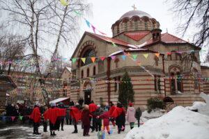 Масленичные гуляния в храме Знамения