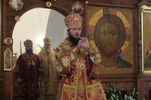 Sobornoe-arhierejskoe-bogosluzhenie-v-prazdnik-sv.-blgv.-knjazja-Aleksandra-Nevskogo-sobralo-mnozhestvo-pereslavcev 3
